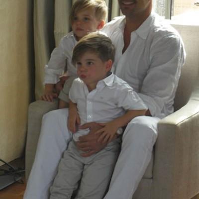 Ricky Martin Junto a sus Mellizos y su Pareja en Vanity Fair
