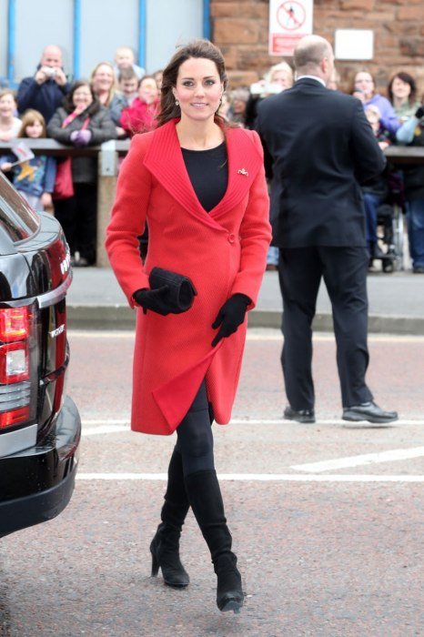 item0.rendition.slideshowWideVertical.ss01-kate-middleton-best-dressed-pregnant-women