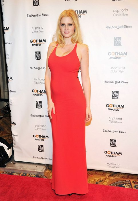 item7.rendition.slideshowWideVertical.ss08-lara-stone-best-dressed-pregnant-women