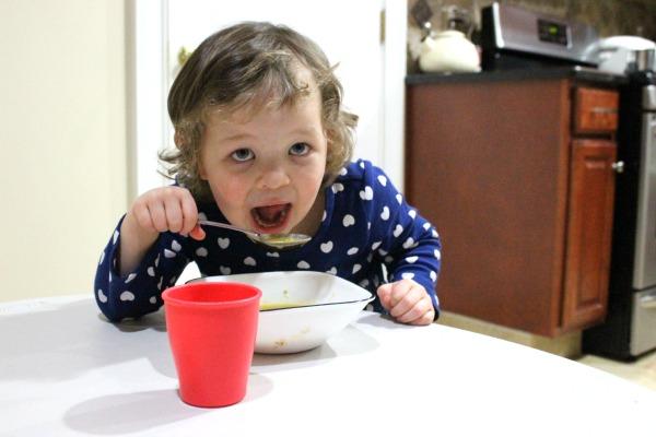 Recetas para Niños: Sopa de Arvejas - Mamá Contemporánea