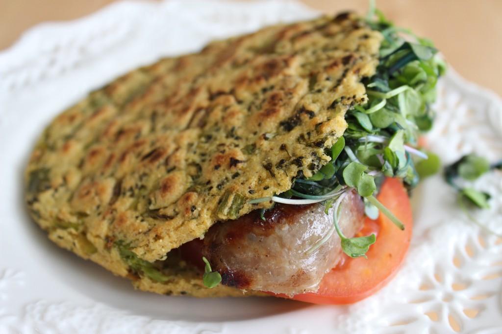 Arepa Fit de bróculi, cebollin y cilantro | Mamá Contemporánea #arepasfit