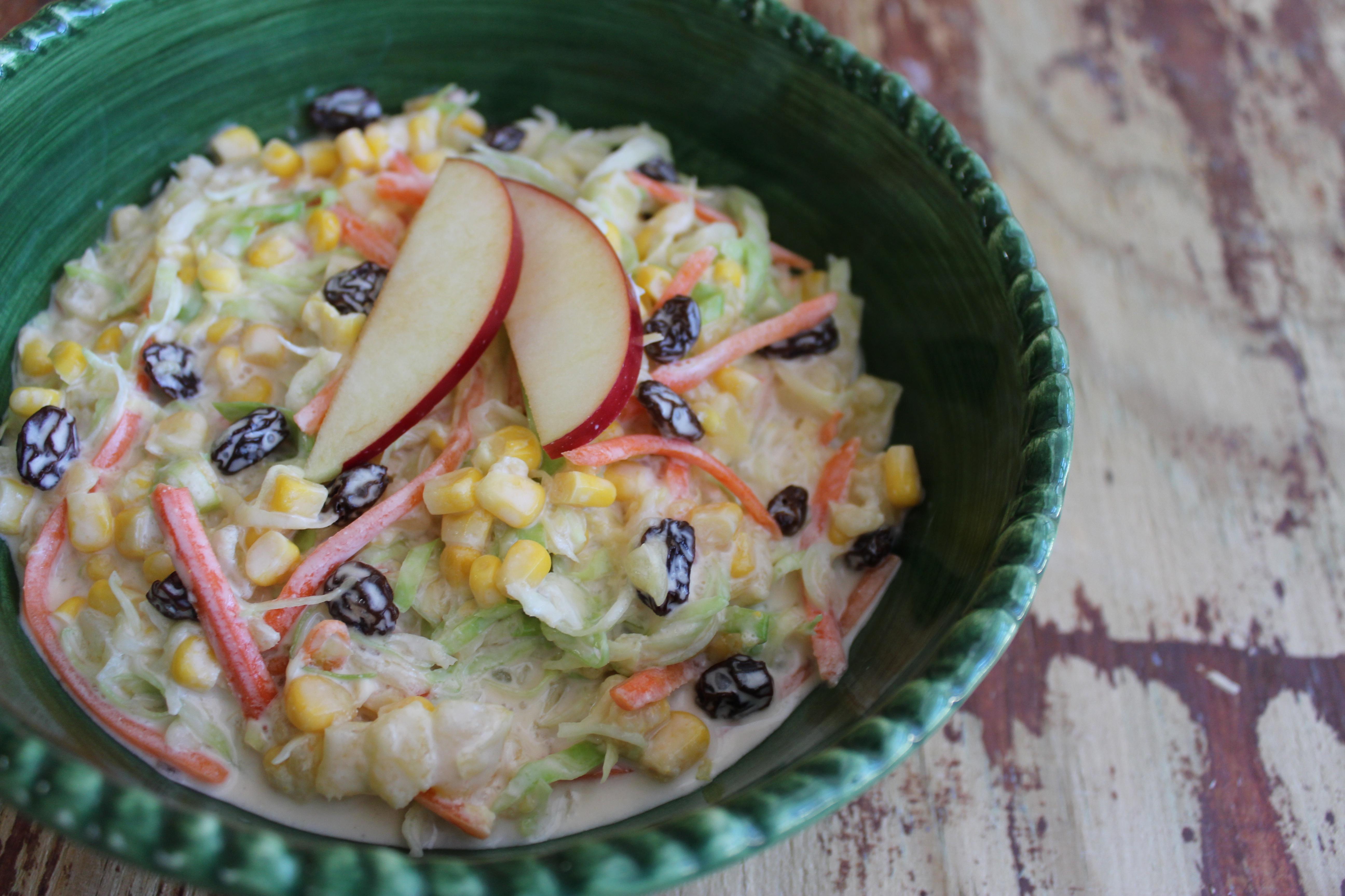 Receta Ensalada De Repollo Pina Y Pasas Si a estos dos grandes alimentos le sumamos una fruta especial como la piña, tendremos todas las claves para crear una ensalada fresca y sorprendente. receta ensalada de repollo pina y pasas