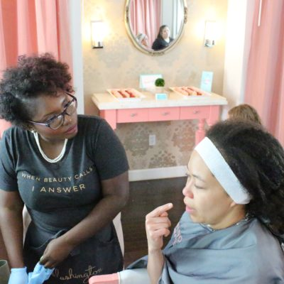 Blushington Makeup y Beauty Lounge en Dallas