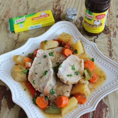 Lomo de Cerdo con Papas y Zanahorias