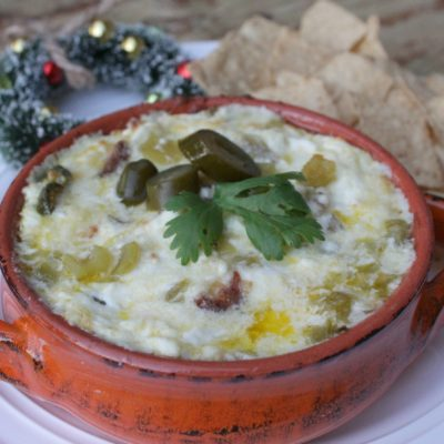 Dip de Queso Fresco y Chiles Verdes