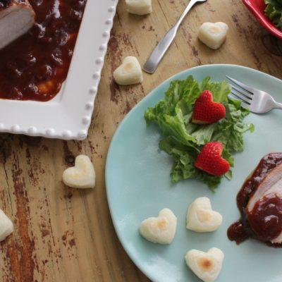 Lomo de Cerdo en Salsa de Guayaba, Vino Rojo y Tocineta
