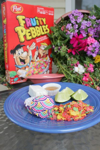 Mini Pays de Limón con Fruity Pebbles