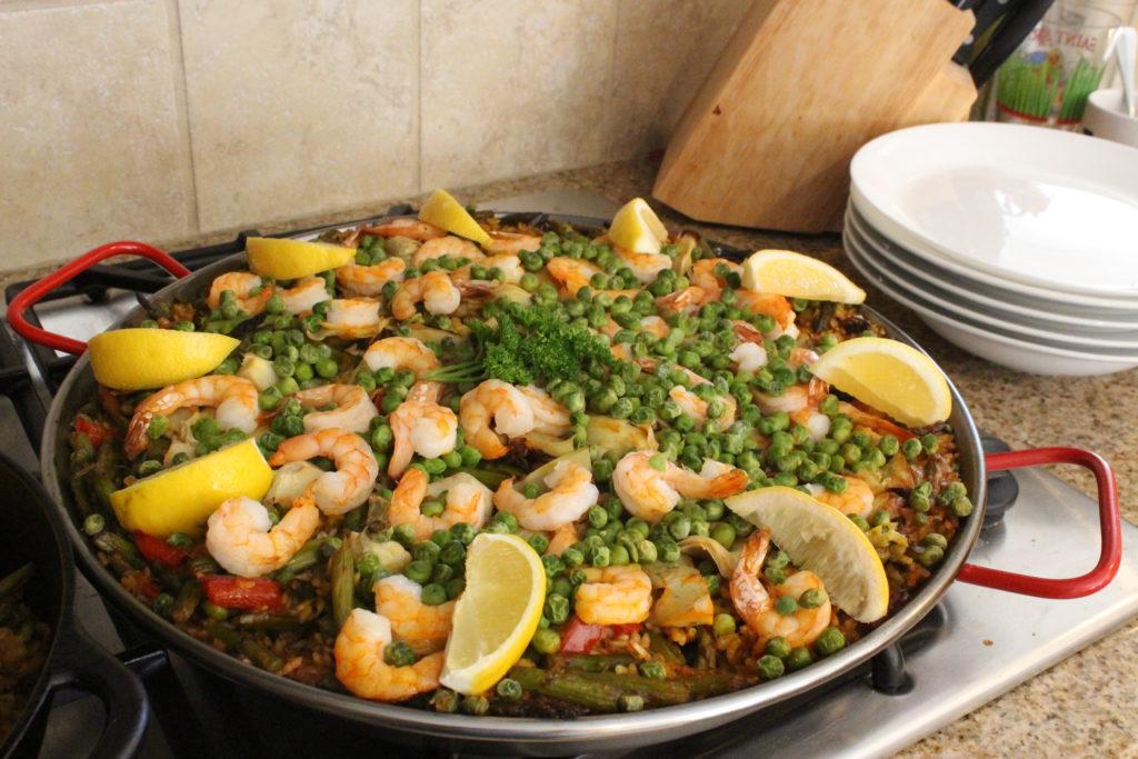 Paella de Mariscos y Esparragos