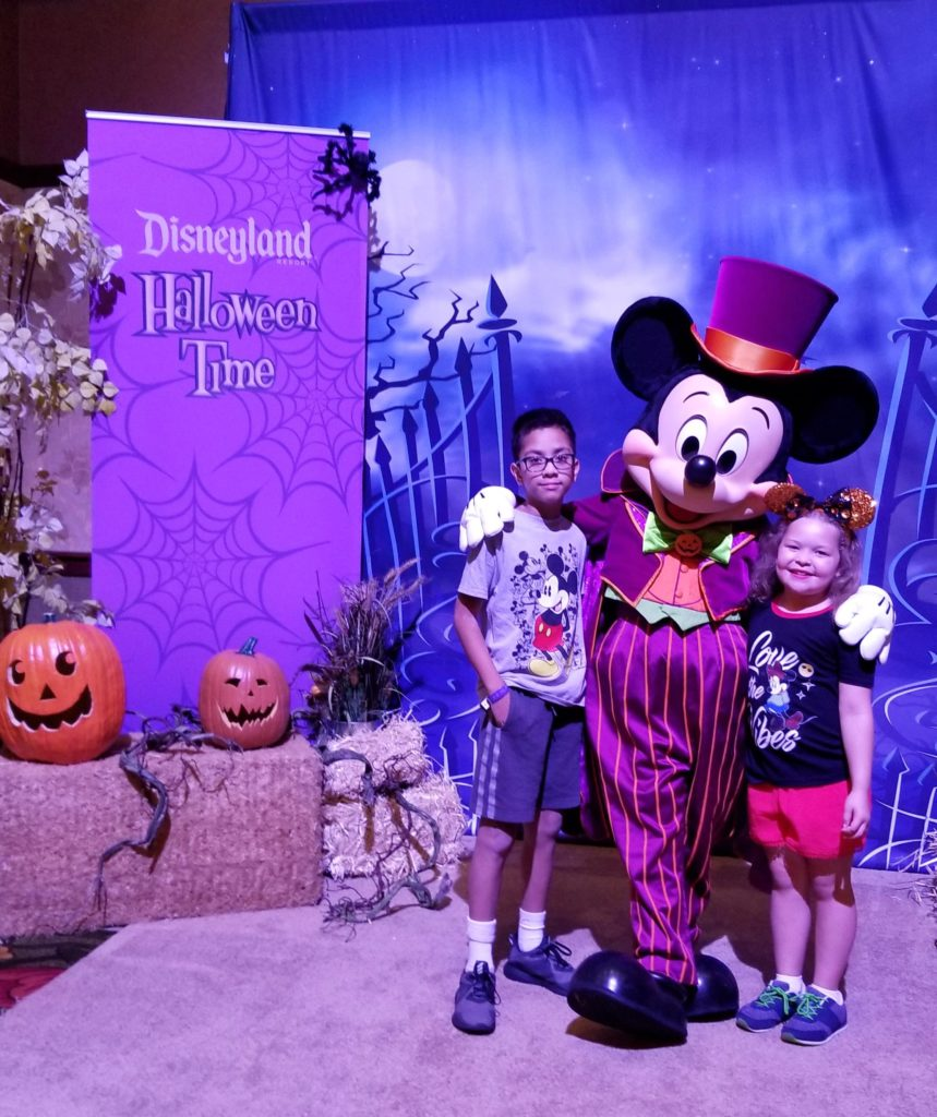 Celebra Halloween en Disneyland | Mamá Contemporánea
